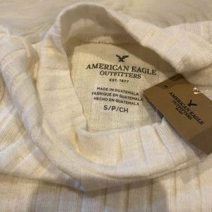 American Eagle Outfitters Sweaters - 🌬New~AMERICAN EAGLE cold shoulder ribbed sweater